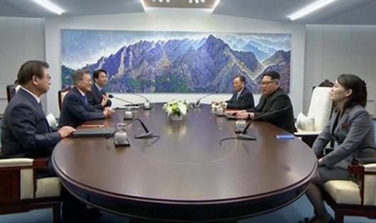 Lãnh đạo Triều - Hàn thảo luận Thông cáo chung