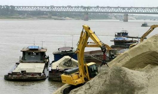 Yêu cầu Bộ Công an xử nghiêm hoạt động khai thác cát trái phép