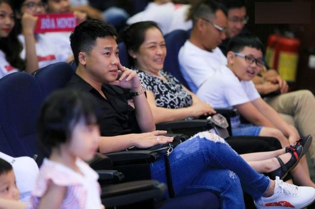 Minh Hải cũng có mặt trong buổi fan-meeting cách đây không lâu của Hòa Minzy tại Hà Nội.