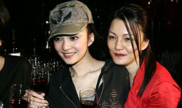 Thực hư chuyện mẹ minh tinh Đài Loan đến Việt Nam làm thuê