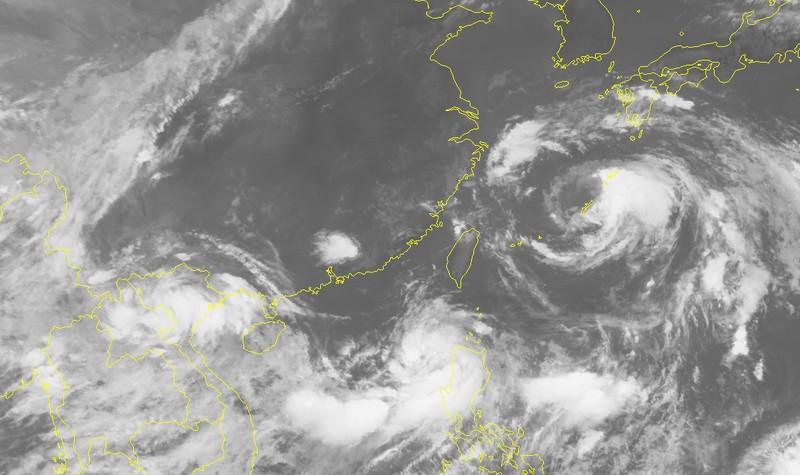 Cảnh báo ngày mai khả năng xuất hiện áp thấp nhiệt đới trên Vịnh Bắc Bộ