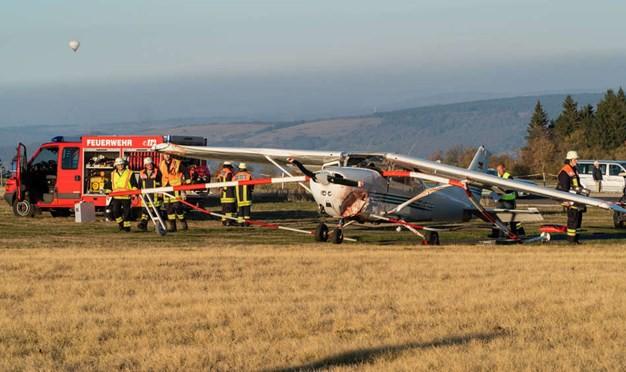 Máy bay lao vào đám đông ở Đức, ít nhất 3 người chết