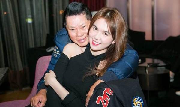'Nữ hoàng nội y' Ngọc Trinh hé lộ tình mới, tình cũ 74 tuổi nói gì?