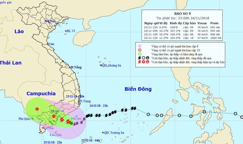 Bão giật cấp 11 - 13 tiến gần bờ, hướng đổ bộ Nam Bình Thuận - Bến Tre