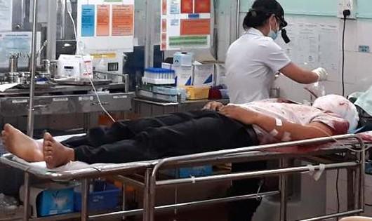 Nghi phạm Bùi Chí Hiếu được cấp cứu ở Bệnh viện Gia Lai.