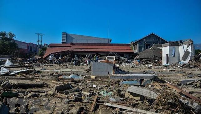 Hiện trường sau một thảm họa động đất sóng thần ở Indonesia. (Ảnh: TTXVN)