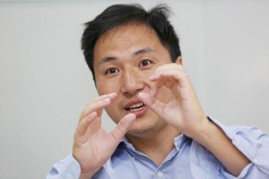 Nhà khoa học Trung Quốc bị sa thải vì chỉnh sửa gen người - Ảnh 1.