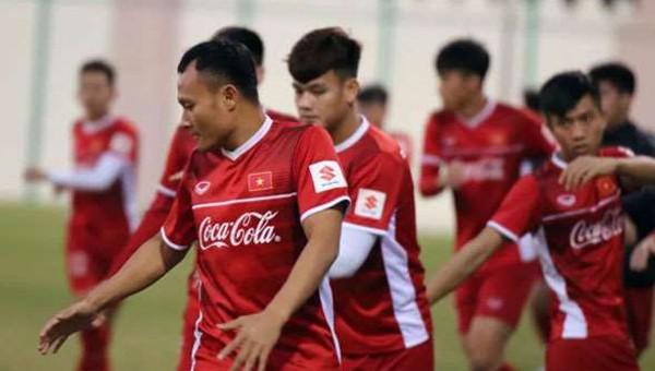 ĐT Việt Nam nhận tin dữ về Trọng Hoàng trước giờ đấu với Nhật Bản