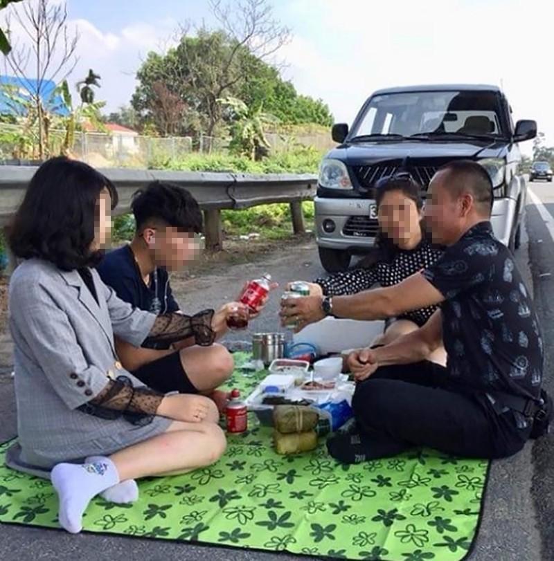 Danh tính người đàn ông Thanh Hóa mở tiệc ở cao tốc Nội Bài-Lào Cai