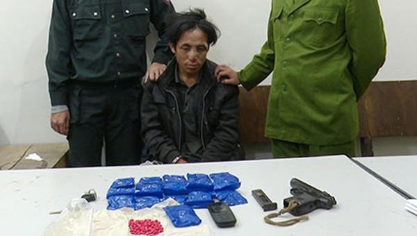 Trung úy Công an bị trúng đạn khi truy bắt tội phạm