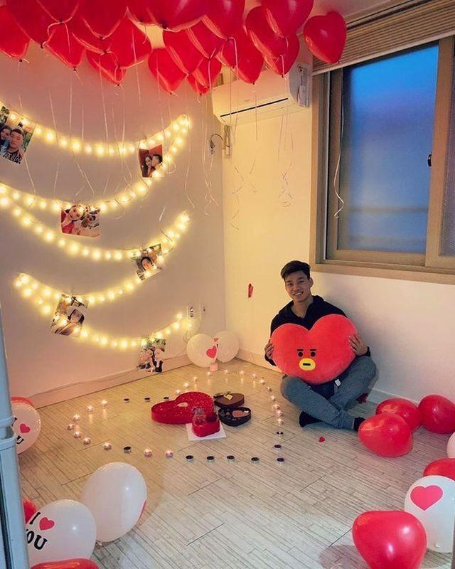 Dàn bạn gái tuyển U23 Việt Nam hào hứng khoe quà được tặng ngày Valentine - 5