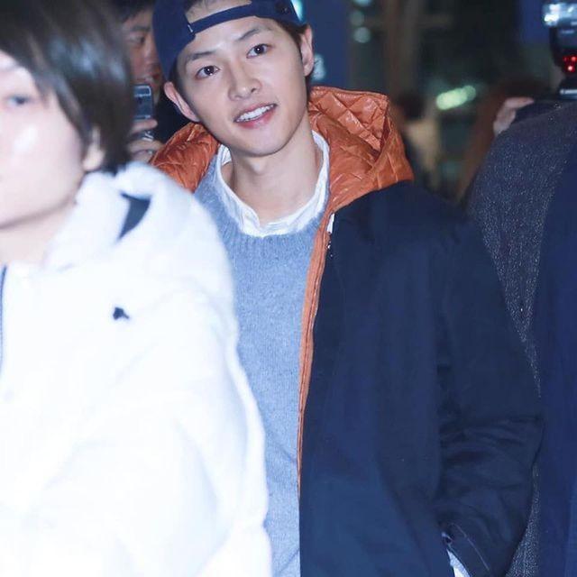 Song Joong Ki lần đầu xuất hiện sau tin đồn ly hôn - 5