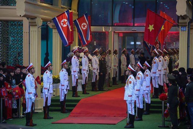 Đội an ninh Triều Tiên tới ga Đồng Đăng - 5