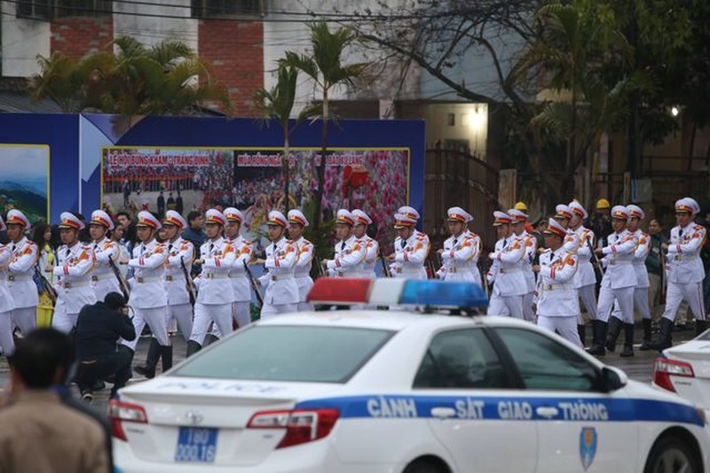 Đội an ninh Triều Tiên tới ga Đồng Đăng - 11