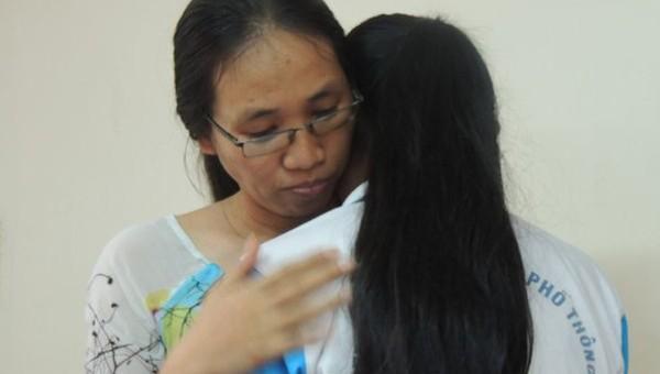 'Cô giáo câm lặng' ở TP HCM lại có hành vi phản giáo dục