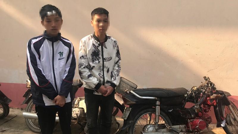 Nam sinh lớp 10 phóng xe máy làm chết người rồi trốn về nhà ngủ
