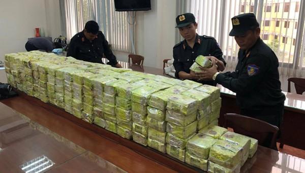300 kg ma túy bị thu giữ.