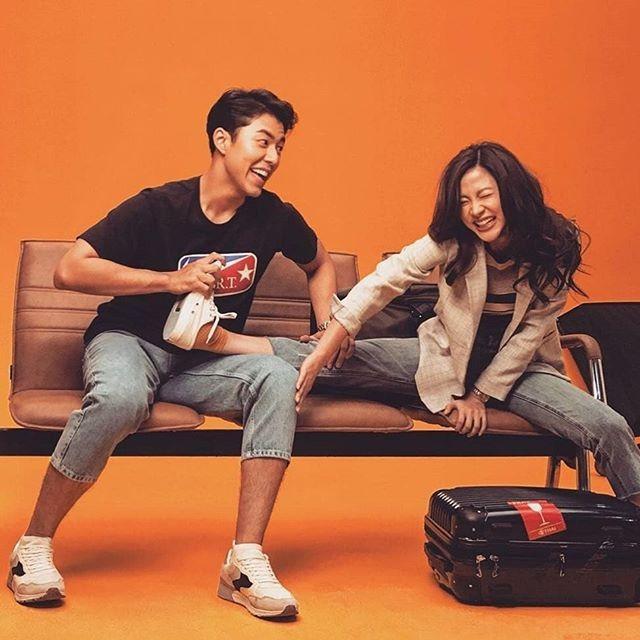 "my nhan thai lan tung lo clip ""nhay cam"" trong xe hoi bay gio ra sao? hinh anh 1"