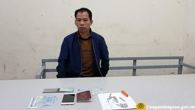 Vi Tú Xác cùng tang vật. Ảnh: Công an tỉnh Lạng Sơn.