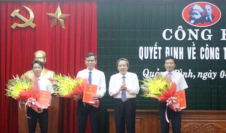 Tân Phó Bí thư Tỉnh ủy Quảng Bình Trần Thắng (thứ 3, từ phải sang). Ảnh: Chinhphu.vn