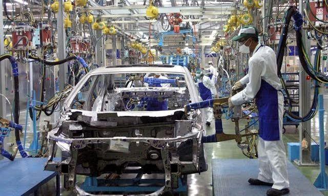 Đại gia Việt bỏ siêu xe, hàng loạt xe giảm giá khuấy động mùa mua sắm xe - 2