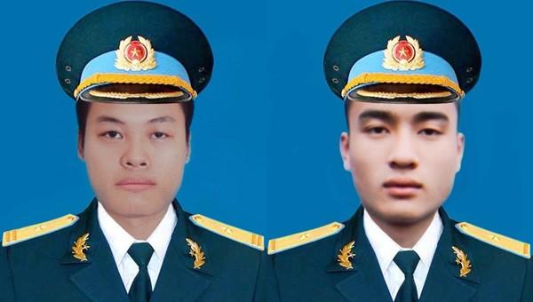 Thiếu tá Lê Xuân Trường (bên trái) và Thiếu úy Đào Văn Long.