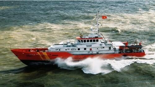 Thủ tướng yêu cầu khẩn trương tìm 9 người mất tích trên biển do chìm tàu