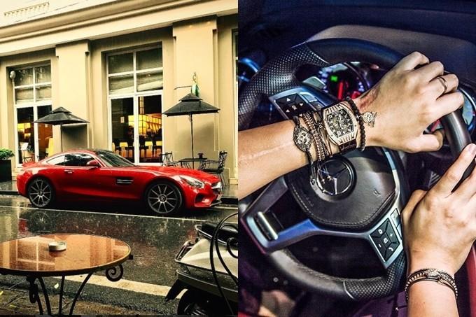 Bên cạnh đồng hồ, Dương Bảo Hưng còn tậu nhiều xe hơi đắt tiền như: Mescedes, Range Rover Sport,...