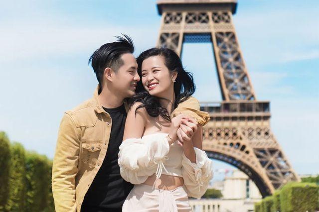 Đông Nhi hạnh phúc khoe nhẫn cầu hôn của Ông Cao Thắng - 4