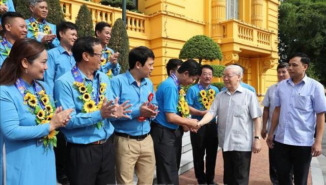 Tổng Bí thư, Chủ tịch nước: Cần tăng cường 'sức đề kháng' cho công nhân trước biểu hiện tiêu cực