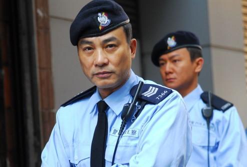 Tạo hình cảnh sát của Nhậm Đạt Hoa. Ảnh: Tungstar.