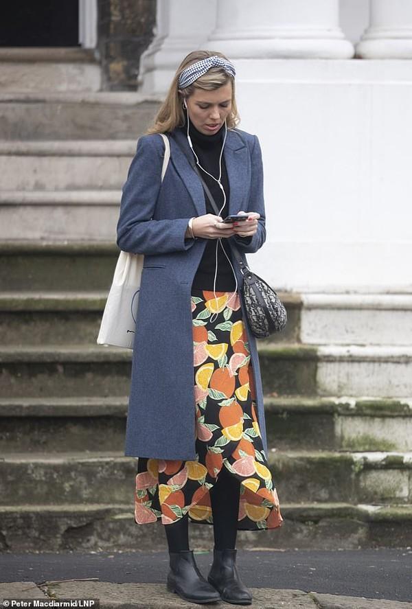 Nhan sắc Đệ nhất bạn gái bị mang tiếng hồ ly tinh phá vỡ hôn nhân 25 năm của tân Thủ tướng Anh - Ảnh 6.
