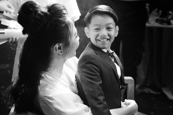 Nhiều khán giả chúc mừng Đàm Thu Trang có mối quan hệ tốt đẹp với con riêng của chồng.