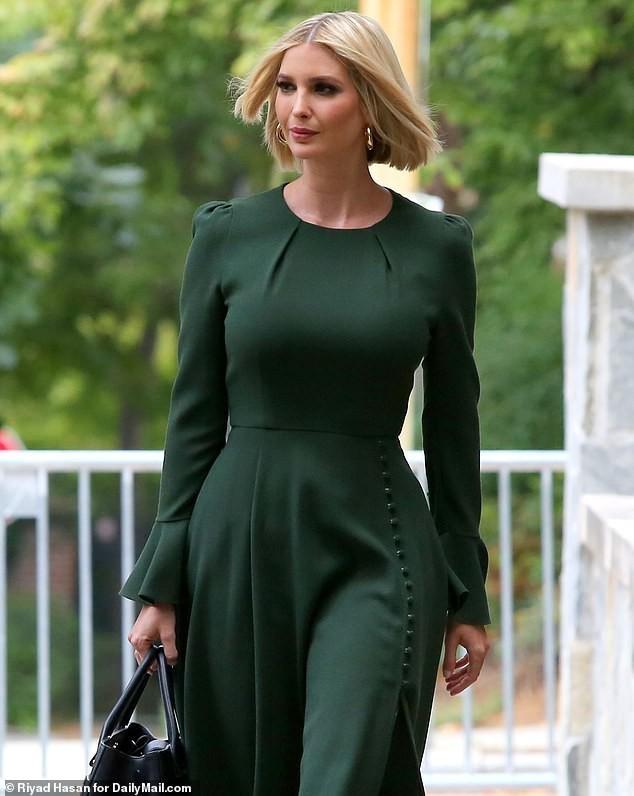 Con gái siêu mẫu của Tổng thống Mỹ đẹp kiêu sa, khí chất ngút ngàn - ảnh 2