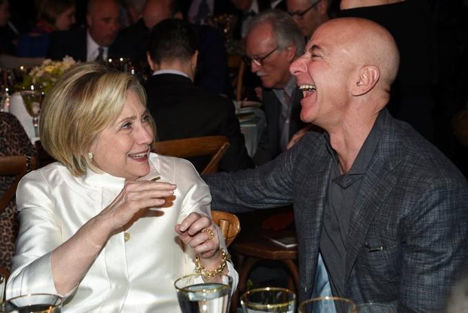 Mùa hè hào nhoáng của Jeff Bezos - 2