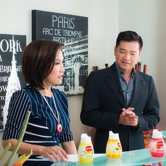 7 cặp sao Việt ly hôn sau hàng thập kỷ yêu và chung sống - Ảnh 3.