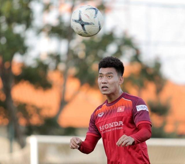 Đội tuyển Việt Nam hứng khởi luyện công, HLV Park Hang Seo nhận tin vui - 1