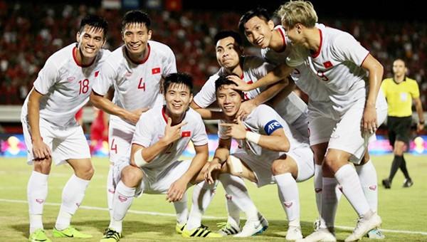 ĐT Việt Nam thăng hạng trên thế giới