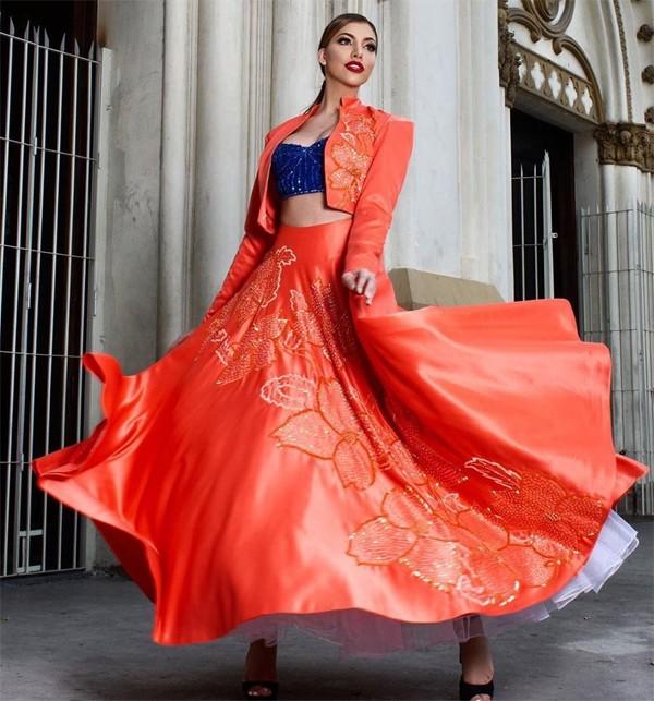 Valentina được miêu tả là cô gái năng động, cởi mở và luôn thu hút mọi người với vẻ đẹp rạng rỡ, tràn đầy năng lượng.