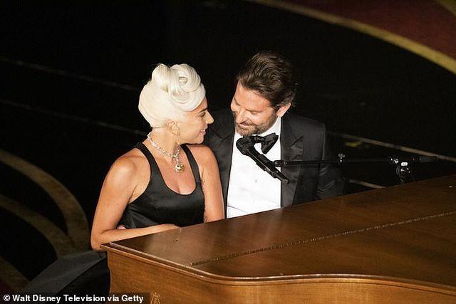 Lady Gaga thừa nhận dàn dựng màn diễn tình cảm với Bradley Cooper - 4