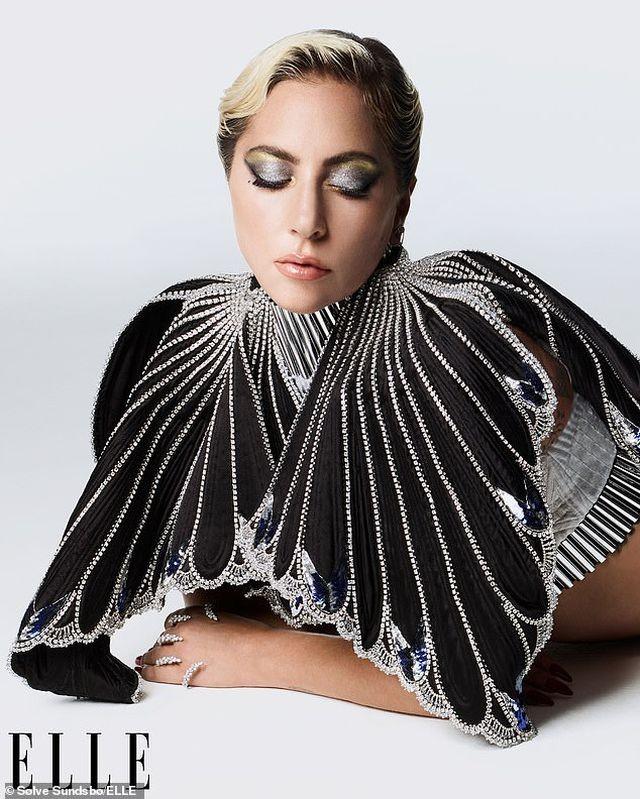 Lady Gaga thừa nhận dàn dựng màn diễn tình cảm với Bradley Cooper - 5