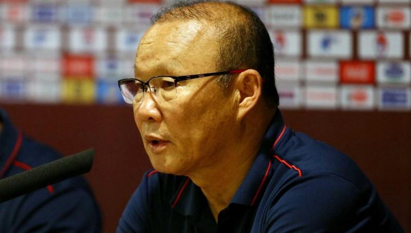 HLV Park Hang-seo: 'Chúng tôi sẽ sớm quên chiến thắng trước UAE'