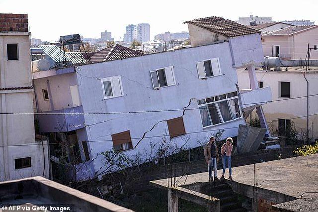 Con dâu tương lai Thủ tướng Albania chết trong trận động đất kinh hoàng - 4