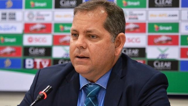 HLV Vitorino từng dẫn dắt tuyển Campuchia năm 2017. Ảnh: Nguyên Trí.