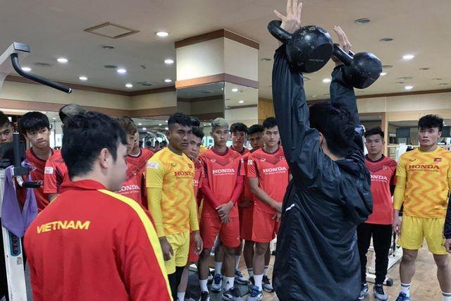 HLV Park Hang Seo nhận tin vui từ Quang Hải, Đình Trọng - 9
