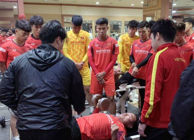 HLV Park Hang Seo nhận tin vui từ Quang Hải, Đình Trọng - 4