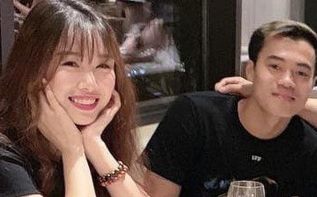 Yêu xa nhưng Đức Chinh, Văn Hậu khiến fan trầm trồ vì độ chiều bạn gái - 7