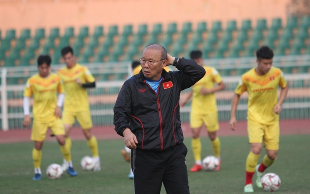 HLV Park Hang Seo có mạo hiểm với hàng thủ U23 Việt Nam? - 1