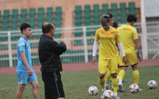 Tấn Tài bị treo giò ở trận mở màn gặp UAE của U23 Việt Nam - 1