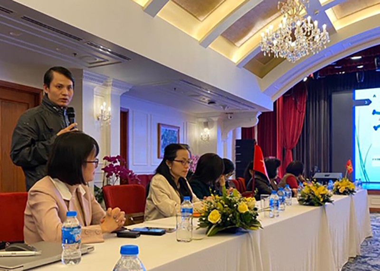 TS Lê Quang Hòa chia sẻ thông tin về kết quả nghiên cứu. Ảnh: Khánh Vân.